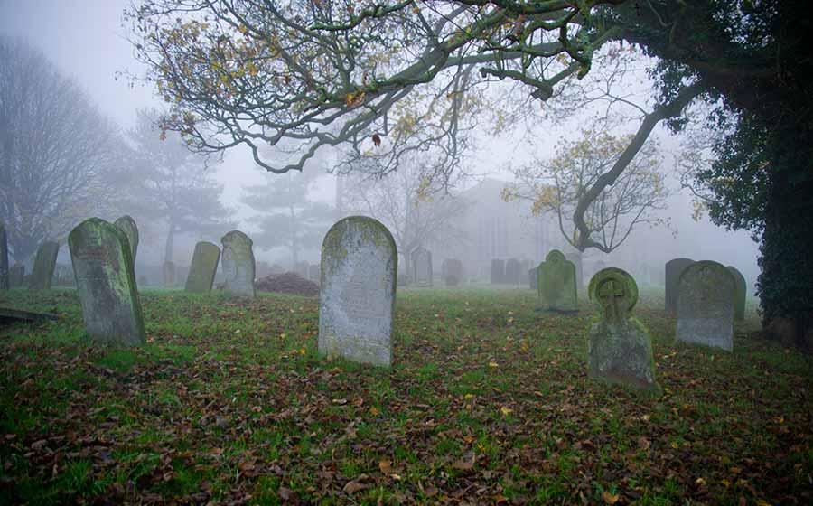 sonho com cemitério