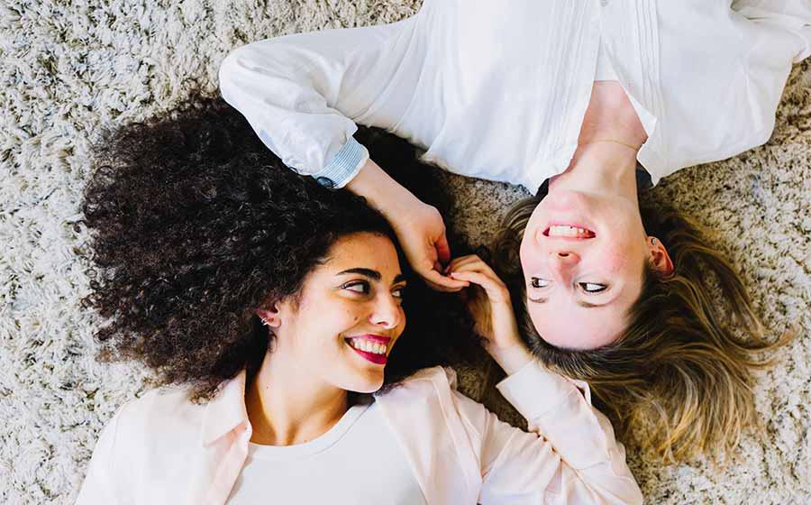 Amizade De Vidas Passadas Um Elo Eterno Iquilibrio